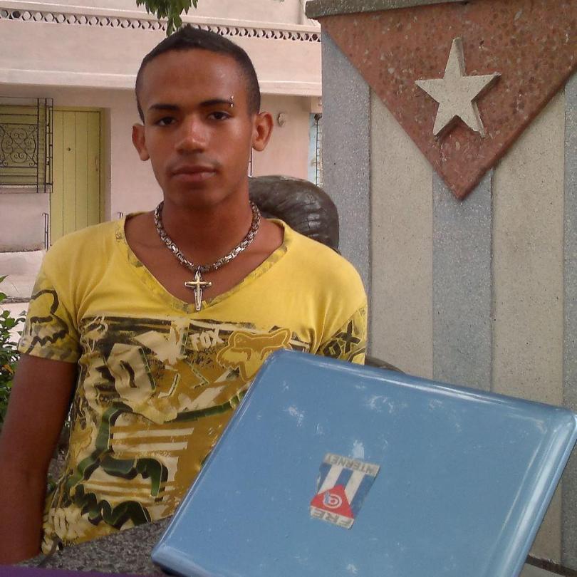 @reyneraguero1