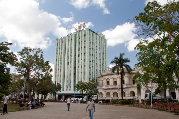 Parque Leoncio Vidal, Hotel Santa Clara Libre