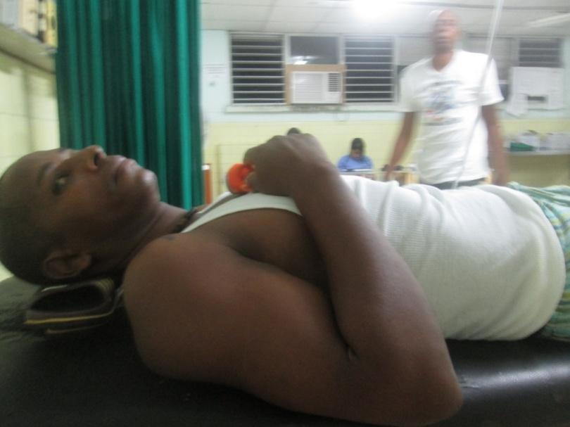 Noche del 29-30 julio Ingreso en Hospital Arnaldo Milián por varias horas