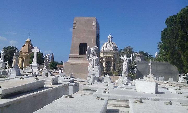 Cementerio Colón: ¿tráfico de huesos en el monumentonacional?