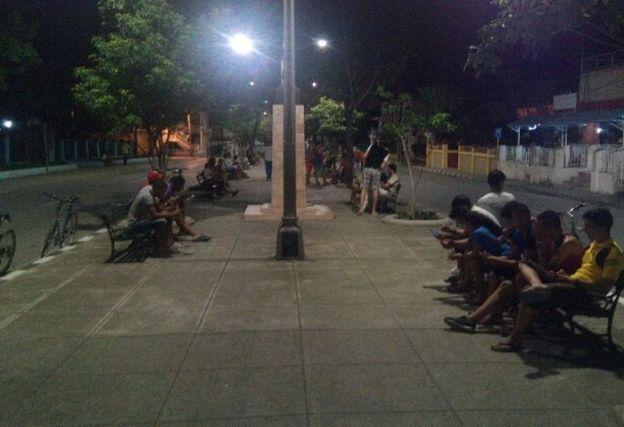 Wifi-en-paseo-de-noche-1