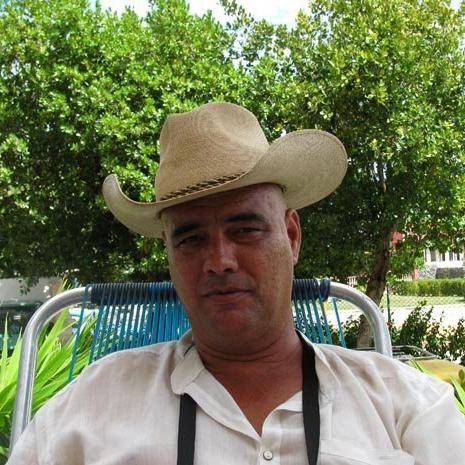 Angel Santiesteban denuncia dención arbitraria a laureado escritorcubano