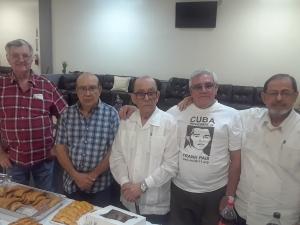 Movimiento 30 de Noviembre durante la presentación de un libro de Francisco Javier Denis